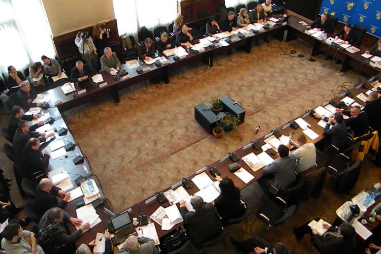 Regiile Consiliului Judetean Cluj nu mai pot face sponsorizari, dar si-au pastrat bugetele de publicitate - VIDEO