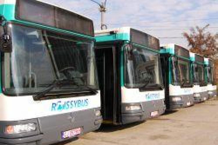 """10 autobuze """"noi"""" in Cluj-Napoca! Pretul unui autobuz adus de la Paris este de 20 de mii de euro!"""