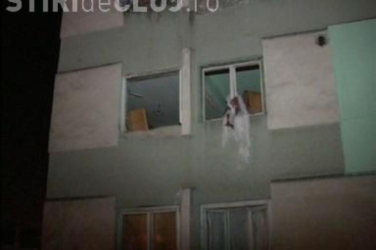 Turda: Apartamentele din blocul explodat, reparate din banii primariei - VEZI VIDEO