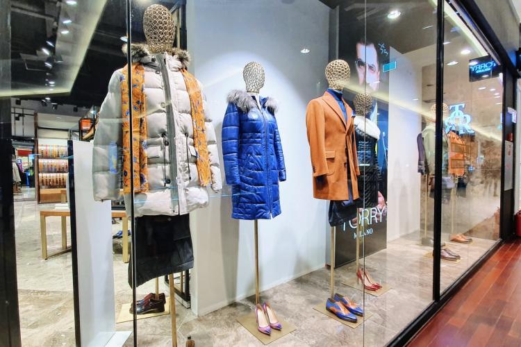Piese vestimentare premium din țesături italienești, la Torry Milano, noul brand din Iulius Mall Cluj (P)