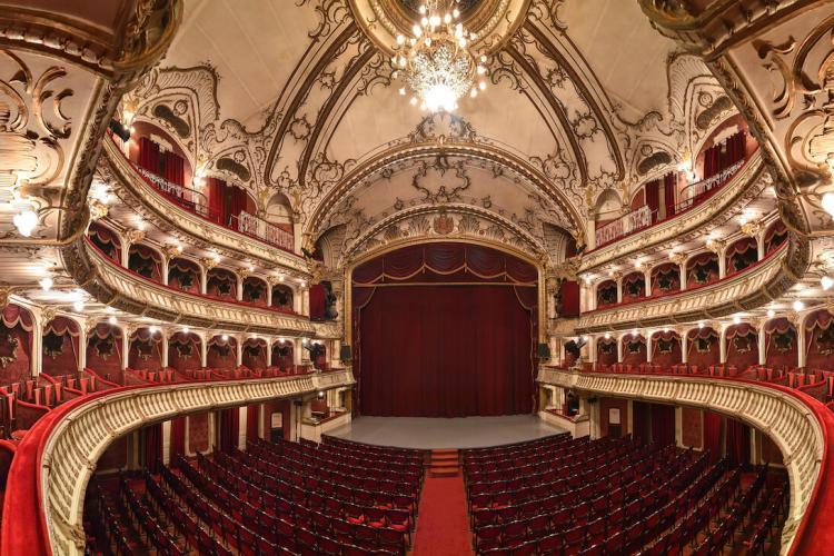 """ACASĂ DE CRĂCIUN"""" - Concert prezentat în Premieră în Ajunul Sărbătorilor de Opera Națională Română din Cluj-Napoca"""