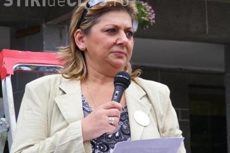 Lucia Cojocaru: Profesorii clujeni au fost asigurați împotriva COVID-19 și o sută au beneficiat de decontări