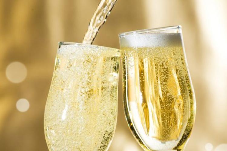 Top 10 cele mai bine vândute șampanii