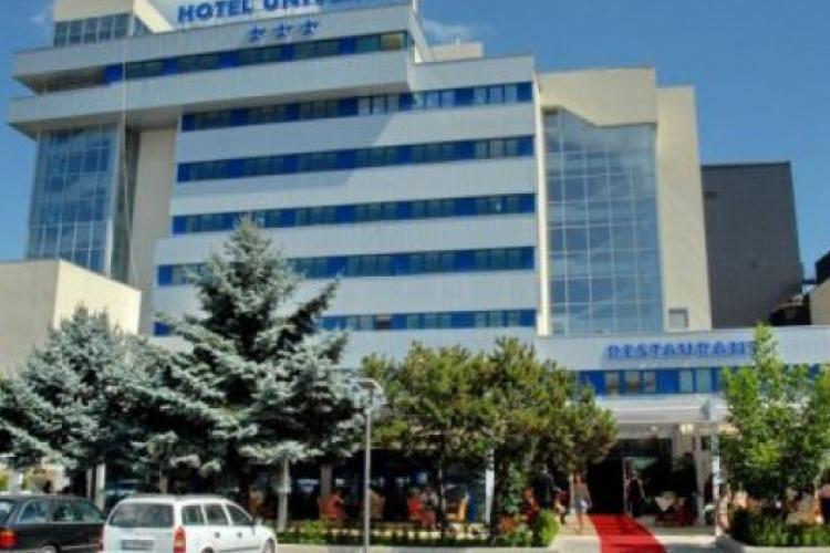 Hotelul Univers T are pierderi uriașe și este ajutat cu bani de la bugetul Consiliului Județean Cluj pentru a nu face concedieri