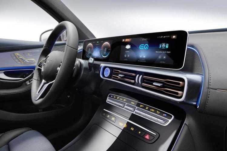 Mercedes ocolește România și va produce mașini electrice în Ungaria