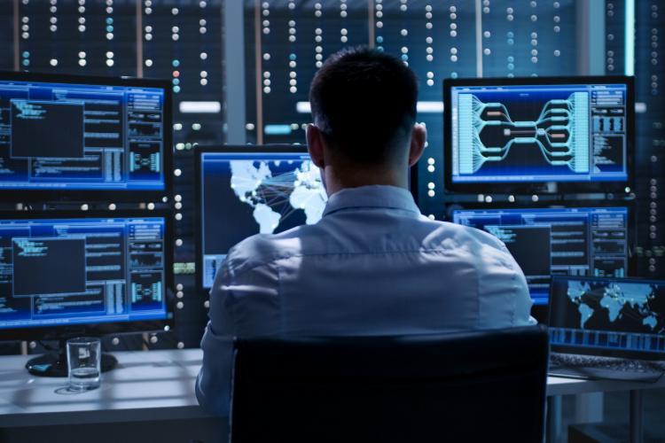 Ce salarii au avut IT-iștii în octombrie 2020. Au revenit în topul lefurilor