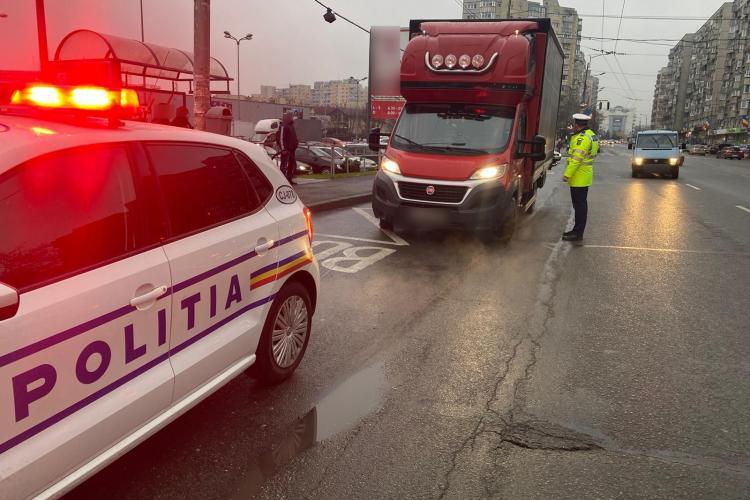 Razie în zonele aglomerate din Cluj, pentru a verifica respectarea măsurilor împotriva COVID-19. Câte amenzi s-au dat