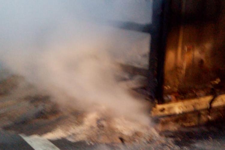 Un camion a luat foc pe Autostrada Transilvania, între Gilău și Turda - VIDEO și FOTO