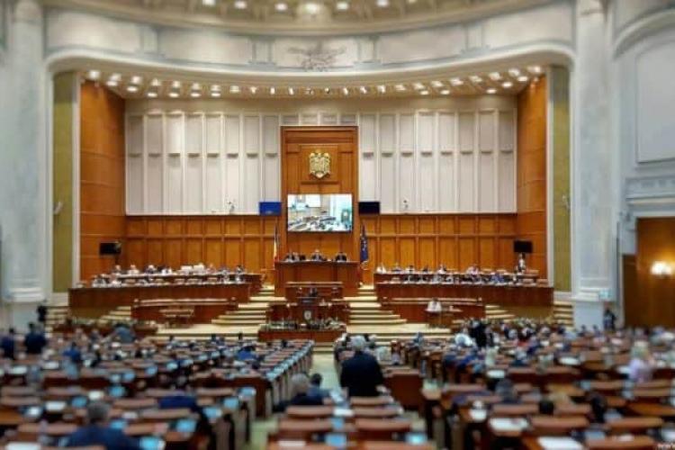 BEC a anunțat repartizarea mandatelor în Parlament: PSD- 157 de senatori și deputați
