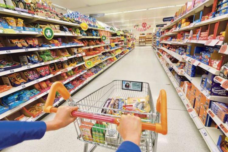 Marile magazine vor să fie prelungit programul până la 22.00