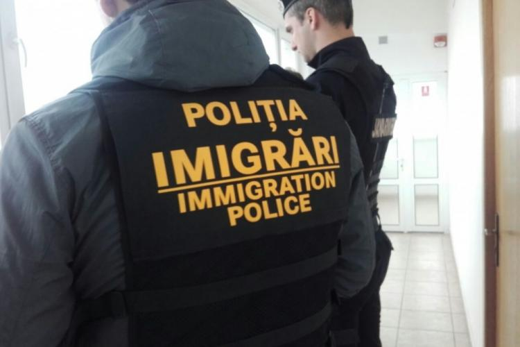 Moldoveni prinși locuind ilegal la Cluj. Ce s-a întâmplat cu ei