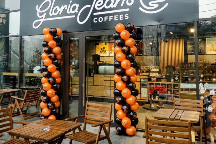 Celebrul lanţ de cafenele Gloria Jean's Coffees a adus cafeaua gourmet la Iulius Mall Cluj (P)