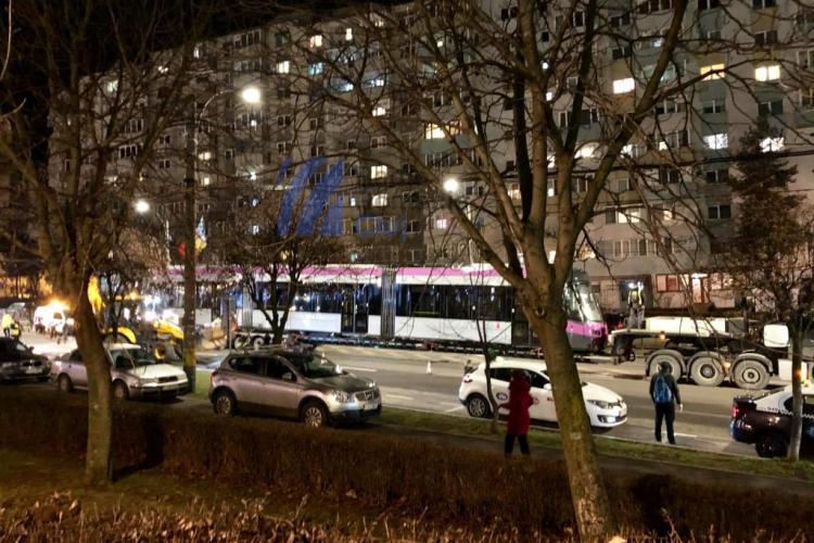 Un nou tramvai produs la Astra Arad a ajuns la Cluj-Napoca - FOTO