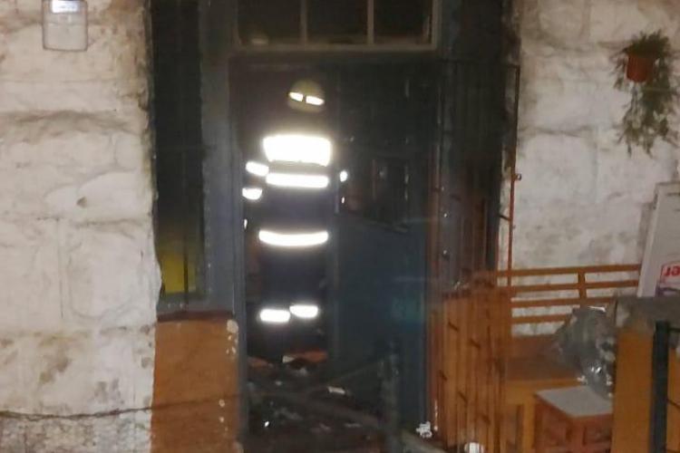 Incendiu pe strada Horea. O femeie a murit de Revelion / UPDATE: A fost o crimă - FOTO