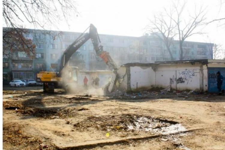 Se demolează sute de garaje din Mănăștur și Între Lacuri