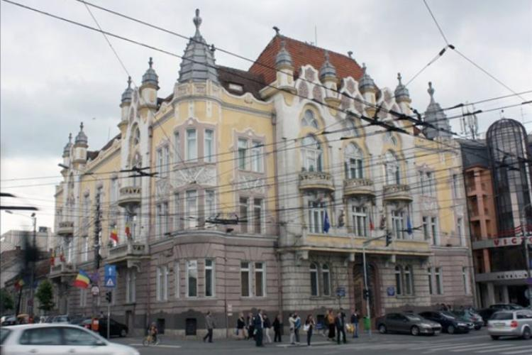 Prefectul Clujului nu va fi schimbat, dar unul dintre subprefecți este pe făraș. USR PLUS visează la posturi