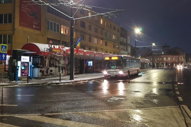 Șomerii din Cluj-Napoca au dreptul la abonament gratuit pe o linie de transport în comun