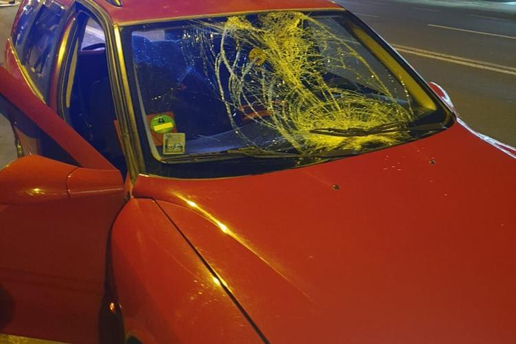 Accident pe Traian Vuia. Un pieton beat a fost lovit de o mașină: Șoferul rămâne cu paguba - FOTO