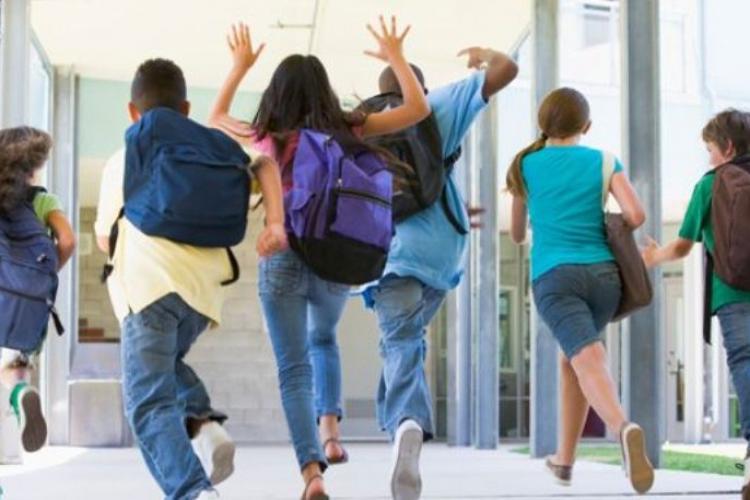 Vacanță elevi Paște 2021 - Când pică vacanța de Paște 2021
