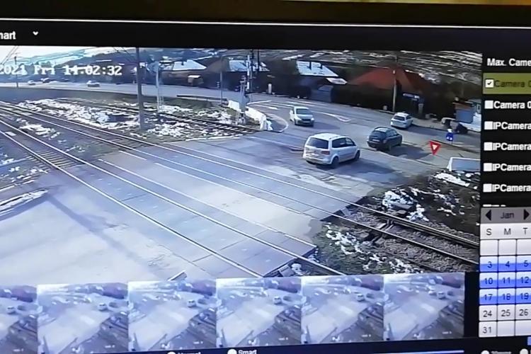 Accident la Jucu filmat de camerele de supraveghere - VIDEO