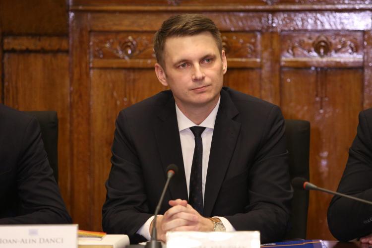 Prefectul Clujului, Mircea Abrudean, a pierdut funcția de secretar general al Guvernului