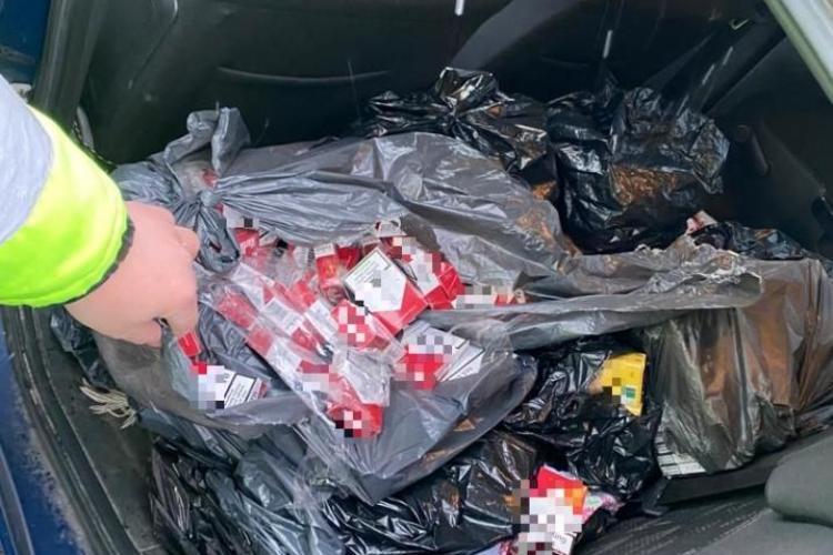 Contrabandist cu țigări prins de polițiștii din Huedin