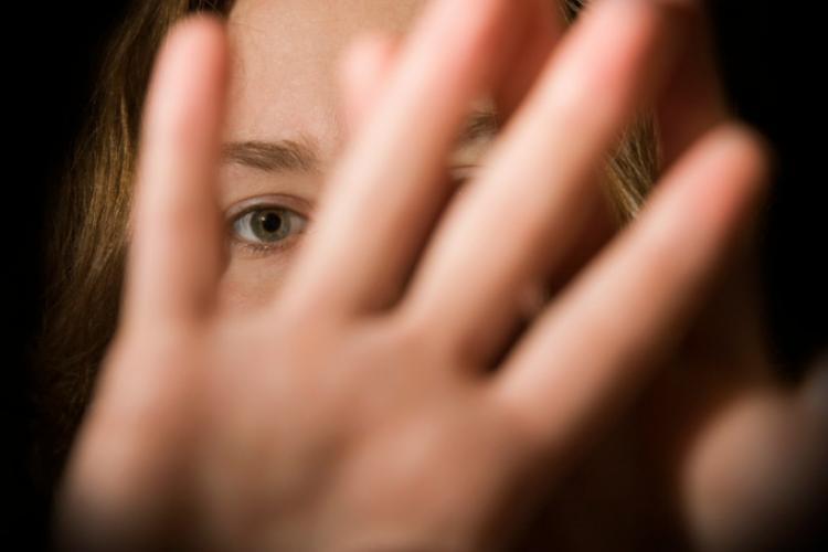 Un monstru din Cluj și-a violat nepoata de 6 ani