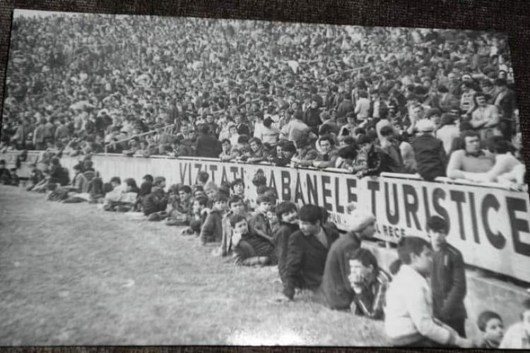 Fotografie istorică! Meciul emblematic U Cluj - U Craiova 3-1. 35.000 de spectatori