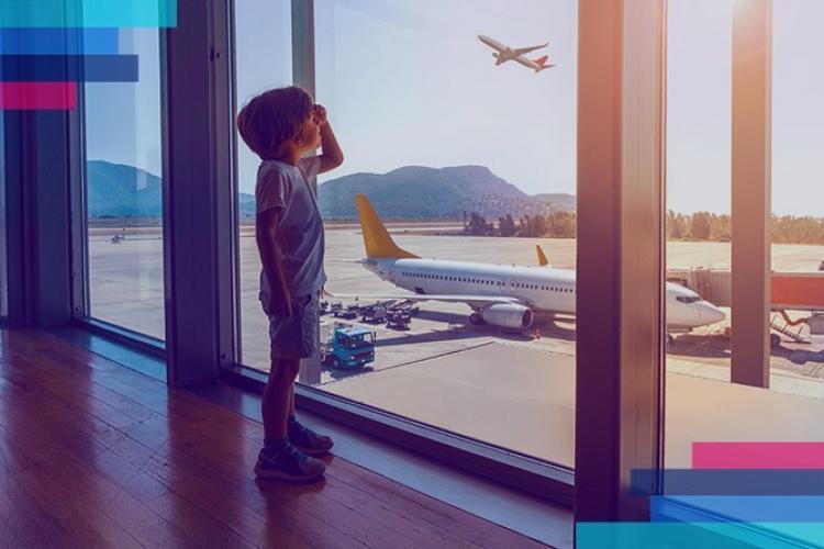 Copiii care călătoresc în străinătate cu părinții trebuie să stea în carantină