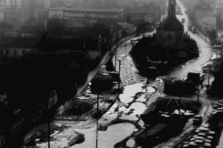 """Marea """"băltoacă"""" din Mărăști. Fotografie din cartierul Mărăști, care a dat frâu liber amintirilor - FOTO"""