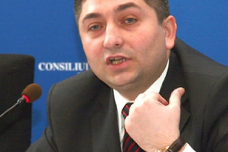 Tișe amenință cu demisia, dacă va fi numit prefect al Clujului Tasnadi Szilard (UDMR) și nu unul de la PNL