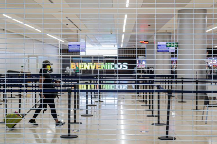 Românii sechestrați în Aeroportul din Cancun au fost eliberați - VIDEO
