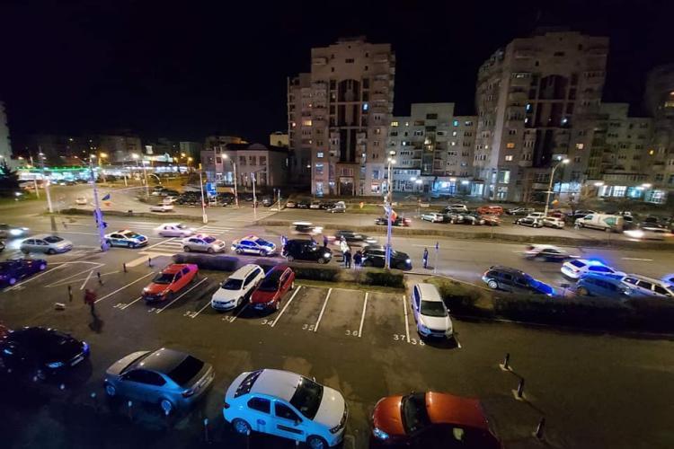 Scandal între doi șoferi în Mărăști! Au intervenit exagerat de mulți polițiști - VIDEO