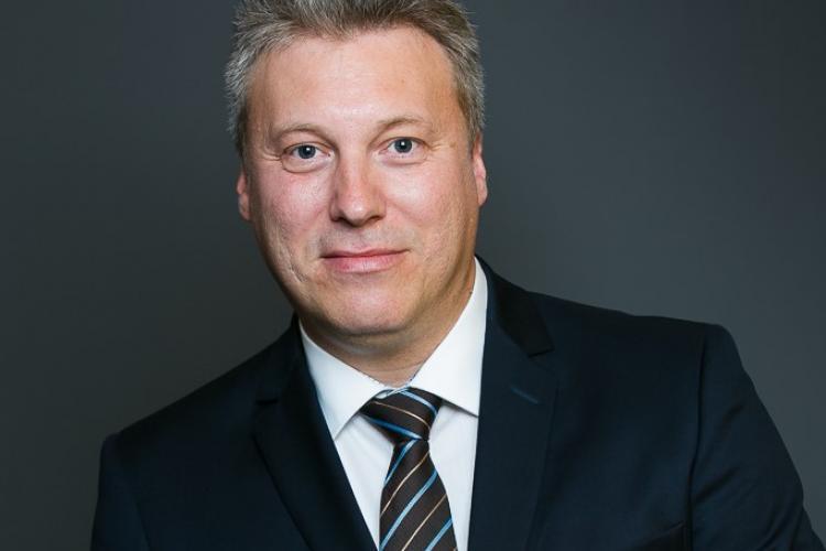 """INTERVIU - """"Firmele care nu apelează la softuri de eficientizare a activității (ERP) nu rezistă pe piață"""", directorul Alfa Software, Cristian Gabriel Pavel"""