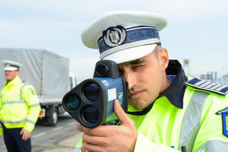 """""""Speedy gonzales"""" prins pe Observatorului de polițiștii rutieri"""