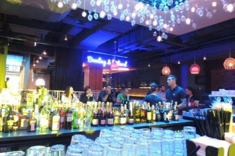 Lista localităților din Cluj unde barurile și restaurantele rămân deschise. Incidența este sub 1,5 cazuri de COVID la mia de locuitori