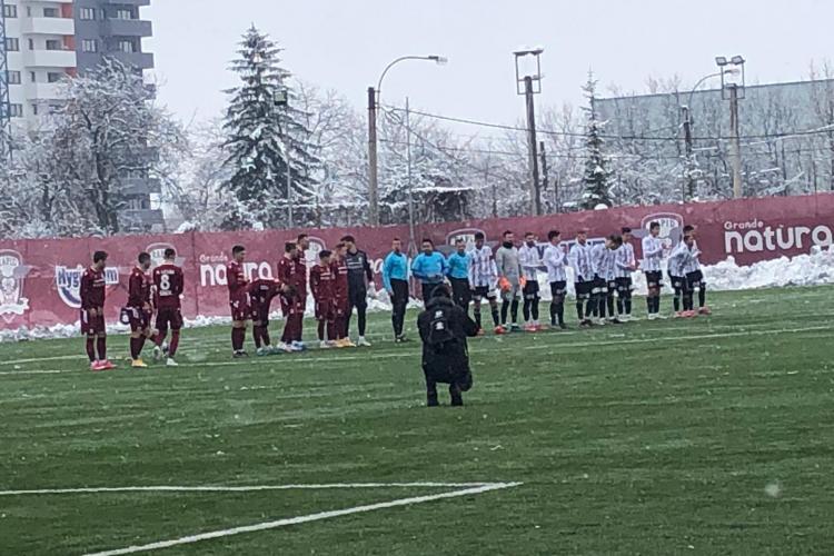 Rapid a învins U Cluj, într-un amical cu cântec