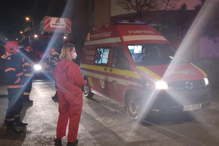 Tânăra salvată într-un apartament de pe B-dul 21 decembrie - VIDEO