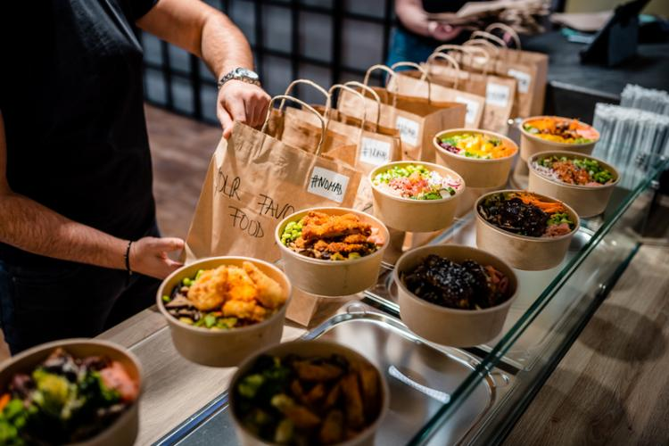 Nomad a adus savoarea preparatelor asiatice și sud-americane, în foodcourt Iulius Mall Cluj