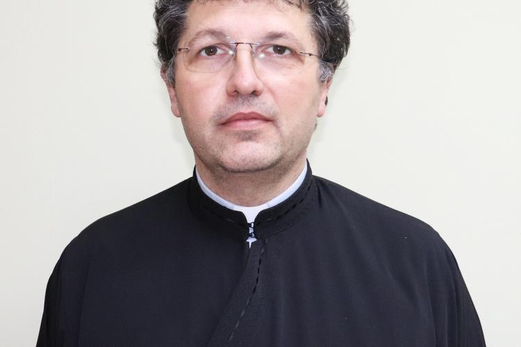 Preotul Marius Cerghizan va conduce Eparhia de Cluj-Gherla după dispariția Episcopului Florentin Crihălmeanu