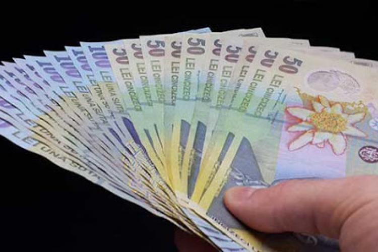 Salarii 2021. Ce se întâmplă cu veniturile românilor în 2021?