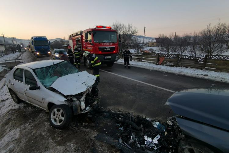 Accident in Teaca, Bistrița, cu cinci răniți - FOTO și VIDEO