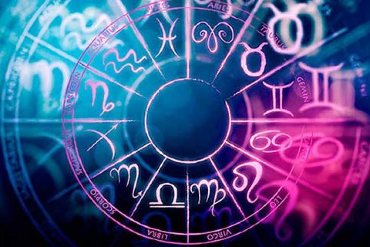 HOROSCOP 13 februarie. Multă dragoste și schimbări în februarie. Zodiile au multe surprize