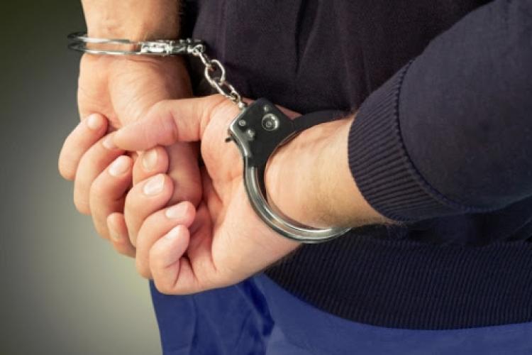 Turda, raiul interlopilor. Poliția a prins un bărbat căutat la nivel INTERNAȚIONAL
