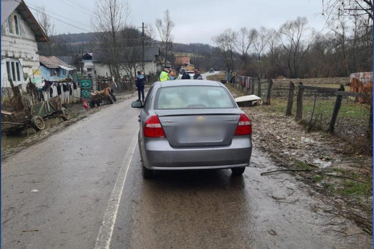 Cluj: Copil de 3 ani lovit de o mașină condusă de un șofer băut - FOTO