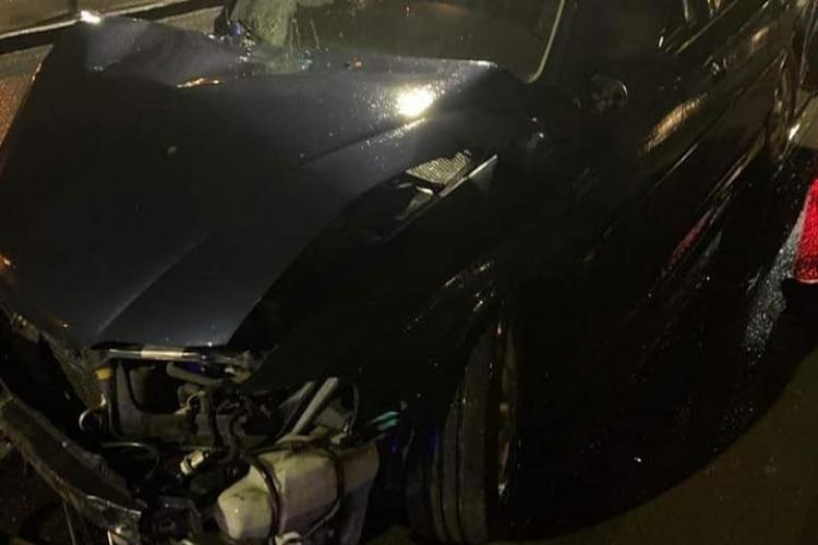 Accident pe Splaiul Independenței! Un șofer a intrat pe sensul opus și a lovit o tânără pe trotuar
