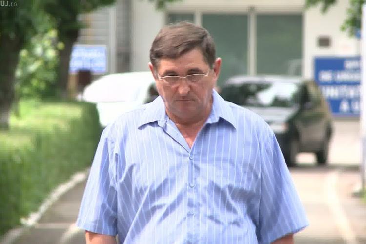 """Medic condamnat după 14 mărturii de mită, acuzat din nou de un tată: """"I-a pus mâna strâmb fetiței mele de 3 ani și nici n-a vrut să stea de vorbă cu noi"""""""
