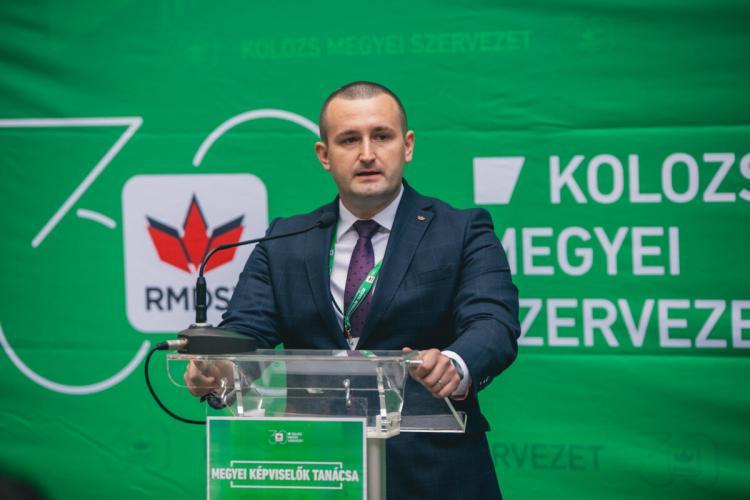 """Ce spun clujenii despre noul prefect Tasnadi Szilard: """"Clujul nu e Gherla!"""", """"N-are nici 30 ani, e super rău"""" """"Sperie mafia PNL!"""""""