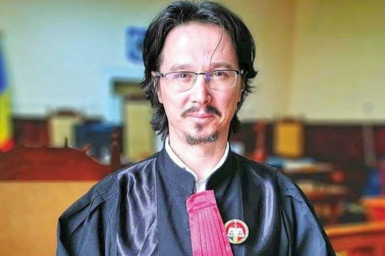 Judecătorul Cristi Danileț. despre cei 49 de studenți de la Drept prinși copiind: Fenomenul nu e nou, dar s-a diversificat