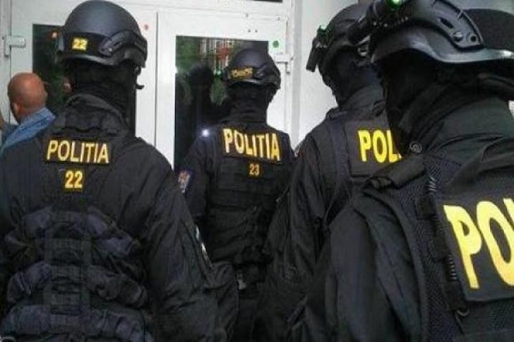 """Cluj: Cine sunt inculpații din dosarul """"Șantaj la foști mafioți""""? Erau coordonați de un fost șef Antidrog și aveau informații din Poliție"""